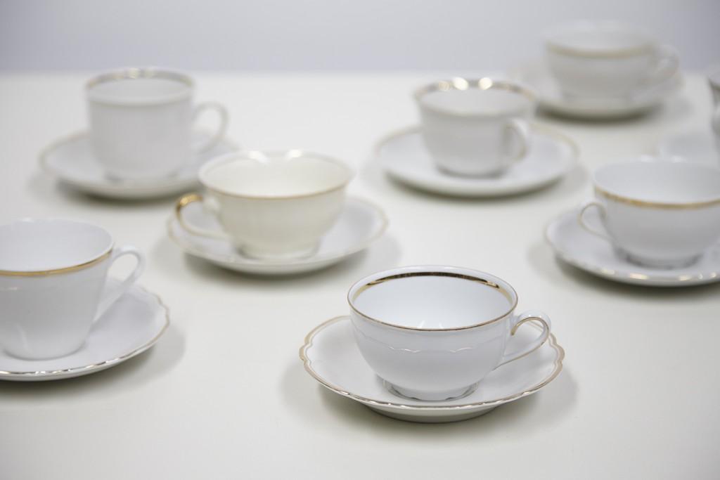 koffietassen-wit-met-gouden-rand-per-30-stuks-2869